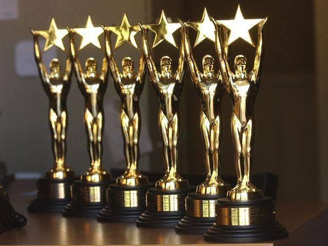 Hanley awards.jpg